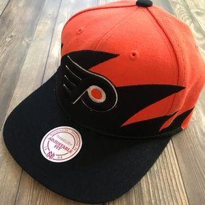 Mitchell @ Ness Adjustable Fit Philadelphia Flyers